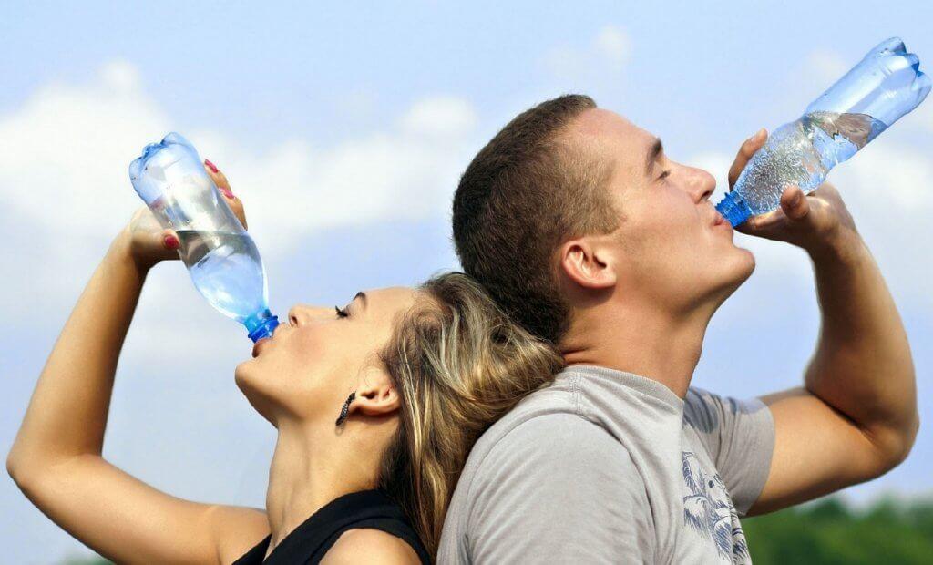 Около 65% человеческого тела состоит из воды: