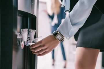 Why Isn't Your Office Switching To The Bottleless Water Dispenser